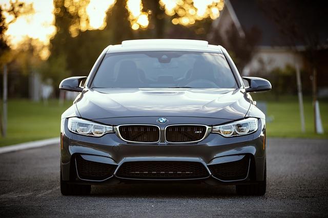BMW sans plaque avant